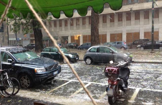 violenta grandinata a Modena